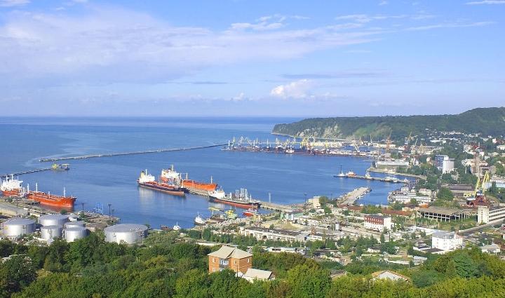 Новороссийский морской торговый порт снизил грузооборот в 2013 году